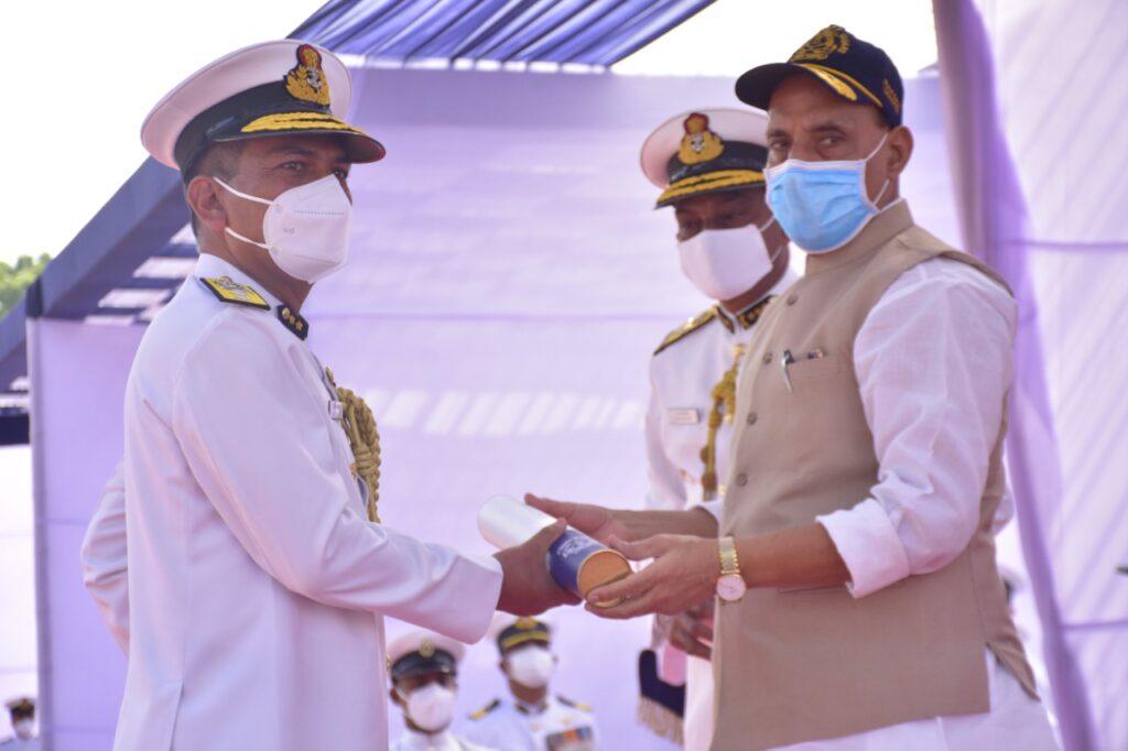 Uttarakhand Residence Coast Guard Commander Anand Prakash Badola received Medal